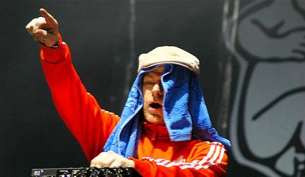 Bažant Pohoda 2007 - Junkie XL & Ika Sali + Ruas