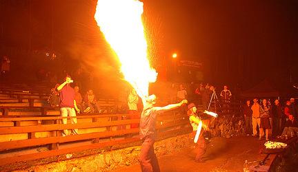 Lokal Life 006_FM - DJ Palko Facetku, Trewa Whateva a fireshow