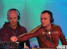 Ako to vyzeralo na Samsung Stage-i pri vystúpení DJa Darrena Emersona a dua DJ Schimek & DJ Breeth, ktorí ma zase uistili v tom, že su pre mňa špičkou na slovenskom techno trhu ? kukni tento fotoreport! :)