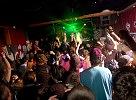 V piatok sa v trnavskom ARTklube konalo 42 pokračovanie drum & bassovej noci BEATZ. Beatz crew si tento raz pozvala djs : Switch Technique, Akira, B-complexa a Kukuricu. Ako každá noc strávena na party beatz aj táto bola genialná. Thx beatz crew.