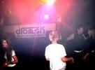 Aj napriek nižšiemupočtu návštevníkov sa sobotňajšia žúrka v Rock Fabricu niesla v duchu najnovších trendov elektronickej hudby.. Osviežujúce nápoje, go go dancers, Breeth, Facet a Strambanzo rozhýbali telá, ktoré kopírovali rytmus vychádzajúci spod rúk djs.
