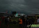 Posledný fotoreport z Bažant Pohody 2009. Sobota začala krásnym slnečným dňom, skončila však veternou smršťou, ktorá zároveň predčasne ukončila aj samotný festival. Prinašame vám zopár záberov z krasného rána, príchod búrky ako aj areál po búrke a zrútený O2 stan.