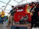 """Millas Groove so skupinou (+ hosť Uhlik) koncertoval 22.9.2006 v Starej Ľubovni. Prinášame vám aspoň zopár fotiek a niečo na stiahnutie » <a href=""""https://www.millasgroove.com/multi/mp3/Millas_Groove-FOR(live).mp3"""" target=""""_blank"""">Millas Groove - F.O.R. (live)</a>. Viac info na <a href=""""https://www.millasgroove.com"""" target=""""_blank"""">millasgroove.com</a>."""