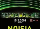 Tentokrát to v T&D hale v Bratislave na druhom pokračovaní halovky Special Place skutočne vrelo!Nadupané sety Djs, vyčerpávajúce výkony MCs a spotené telá niekoľkých stoviek tiel tancuchtivých pártypeople.Takýto bol obraz včerajšej nezabudnuteľnej špeciálnej piatkovej noci.