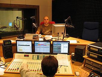 Radio_FM - Studio
