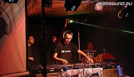 Coldharbour Nights 29.03.2008 @ Stars club, Košice - rozhovor s DJ Pizz@dox