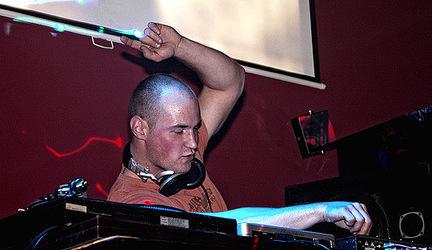 DJ Top Chart - Facet @ október 2008