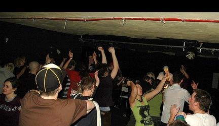 Gramatyka - Happy BassDay @ 15.3.2008, Ponorka, report: wakro