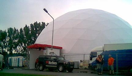 RED ZONE tanečný stan na festivale Okey Leto zdarma!