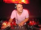 """DJ Koze """"zabŕdol"""" do teórie veľkého tresku"""
