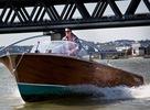 DNA si na motorovom člne hľadá ideálnu ženu